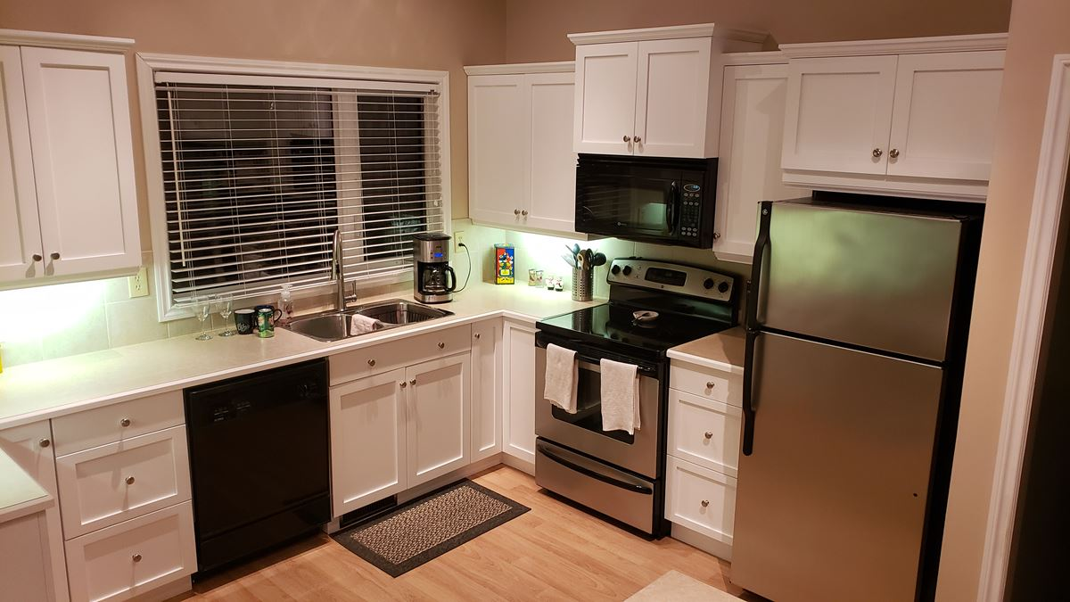 A Change Of Scenery With Kitchen Cabinet Spraying In Winnipeg Manitoba Recent Projects Color Scheme Professional Painters