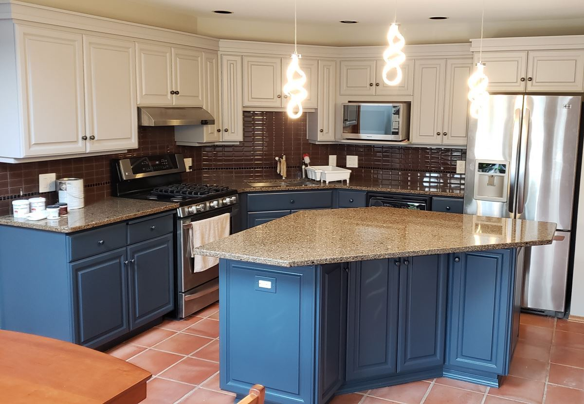 Bold And Beautiful Kitchen Cabinet Spray Project In Winnipeg Manitoba Recent Projects Color Scheme Professional Painters